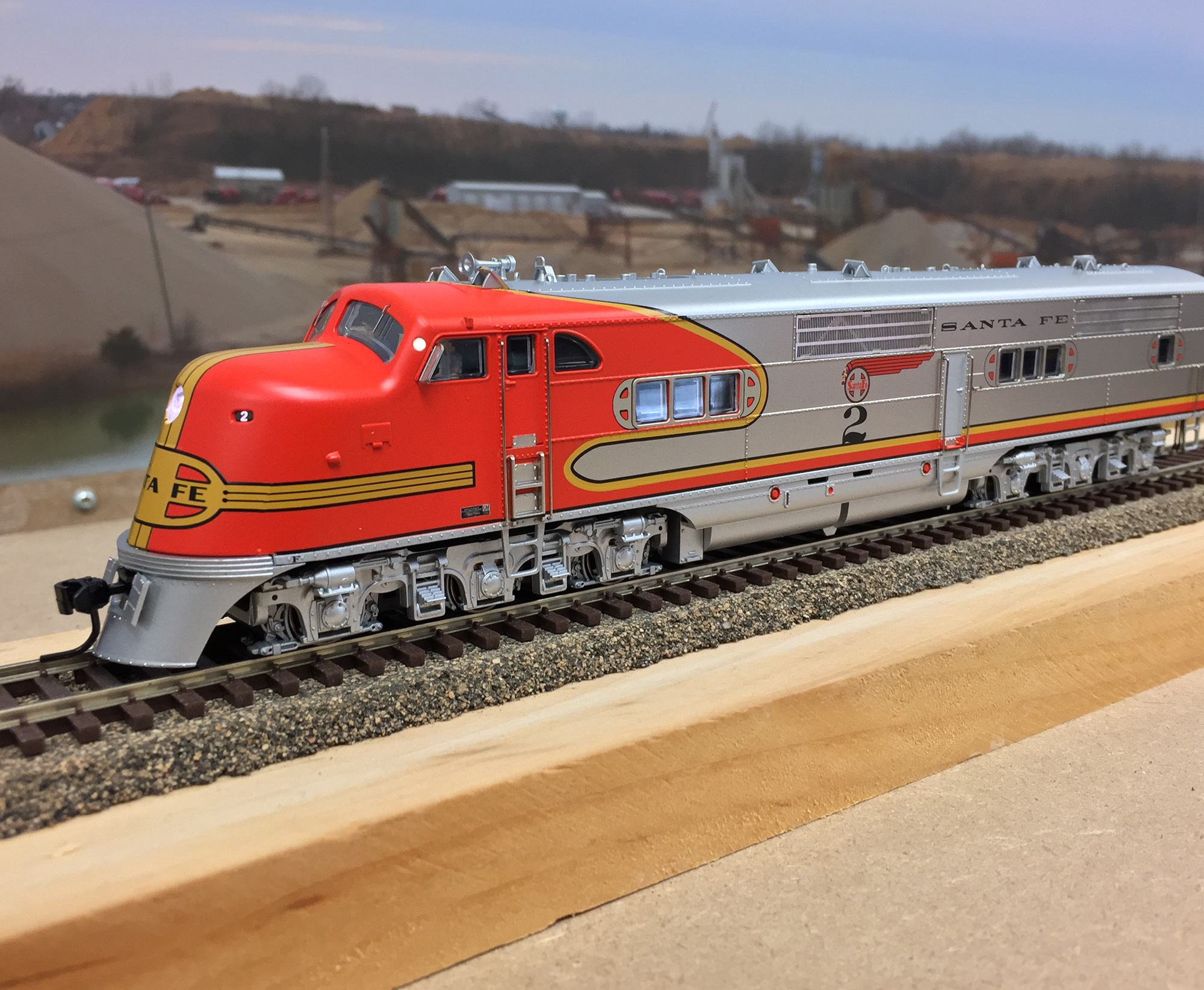 broadway-limited-imports-emc-e1-atsf-2-orange-red