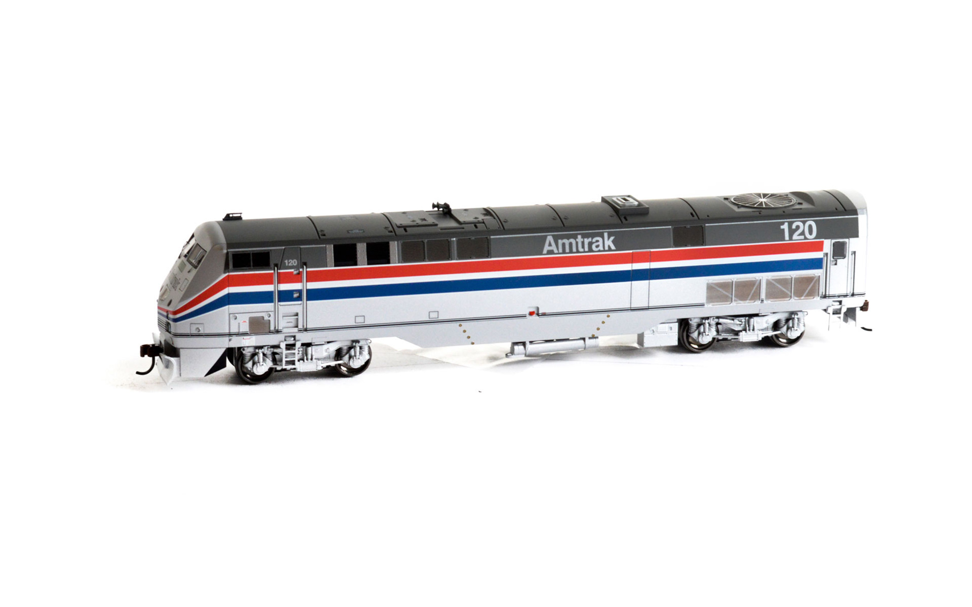 Athearn RTR HO GE AMD103/P42DC, DC, Amtrak Phase III #120, ATH88838